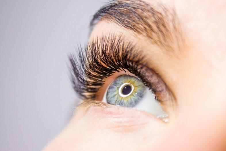 Eyelash Extensions infills